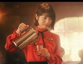 ヴァルキリーコネクト CM 女優