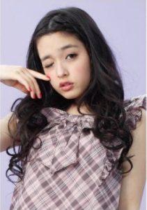 矢作穂香 モデル 画像